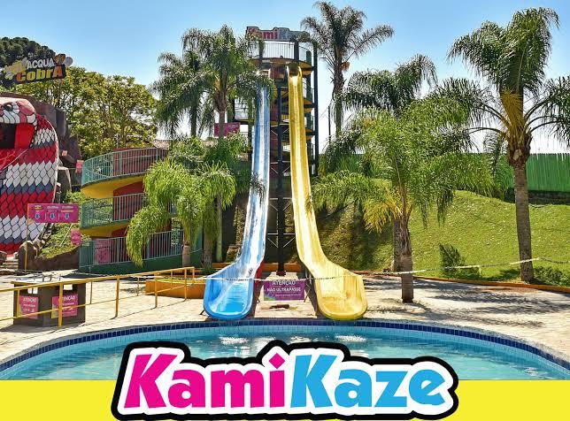 kamikaze parque aquático