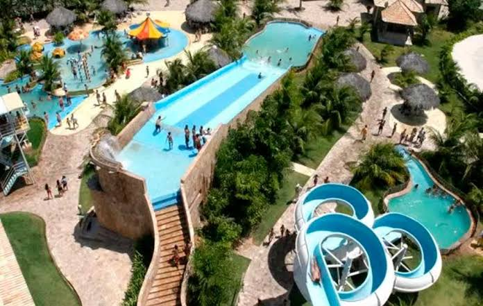 ma-noa park aquático